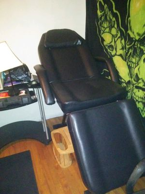 Massage/ tattoo chair for Sale in Lake Charles, LA