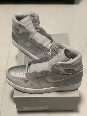 Air Jordan 1 Retro High 'Tokyo' Size 10 in hand for Sale in Cutler Bay, FL