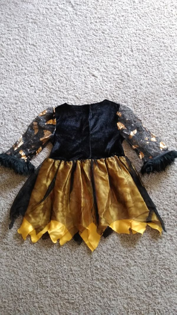 Beautiful Dress Size 12 Months ( worn once )