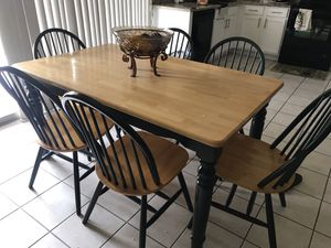 7 Piece Dining Set & Buffett for Sale in Litchfield Park, AZ