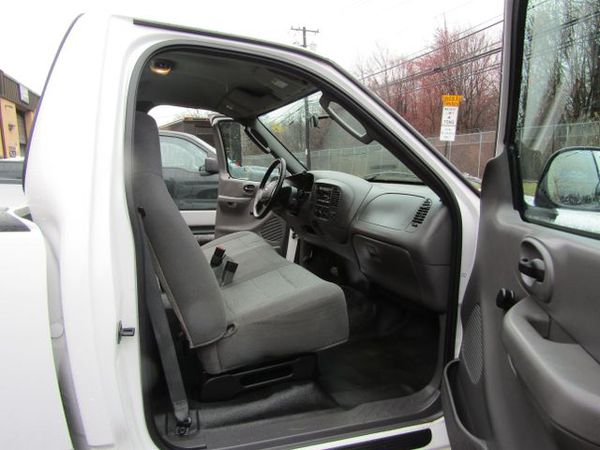 2004 Ford F150 (Heritage) Regular Cab