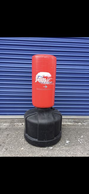 PUNCHING BAG for Sale in Jacksonville, FL