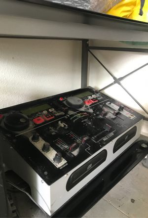 Digital DJ station with two speakers for Sale in Seattle, WA