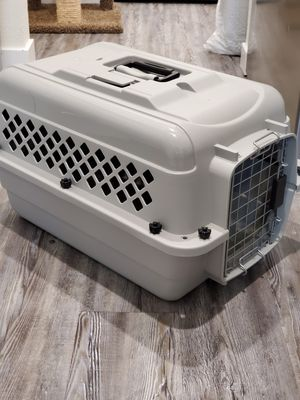 Pet Kennel XS, You&Me Brand. $15 OBO for Sale in Lynnwood, WA