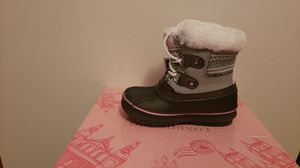 Toddler girl winter boots for Sale in East Providence, RI