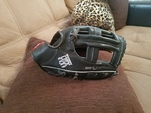 RAWLINGS USA-7 RHT 12.5 GLOVE for Sale in Victorville, CA