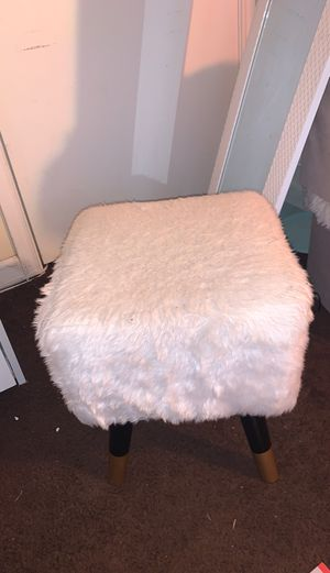 Fur stool for Sale in Upper Marlboro, MD