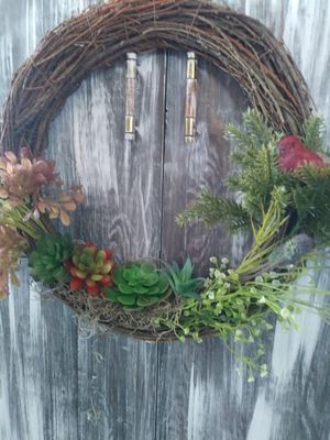 Wreath with succulents and bird for Sale in Manvel, TX