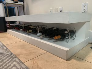 """White TV 📺 Stand for TV's up to 59"""" With An Optional Space for Wine/Liquor for Sale in Miami, FL"""