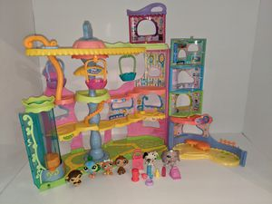Littlest pet shop with accessories and pets for Sale in Tacoma, WA