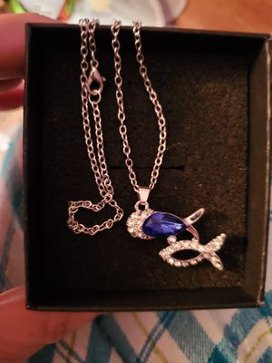 New Silver Plated and Crystal Necklace for Sale in Memphis, TN