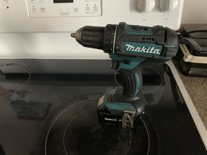 Makita drill with battery for Sale in Philadelphia, PA