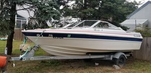 Wellcraft 18ft bow rider for Sale in Ridley Park, PA