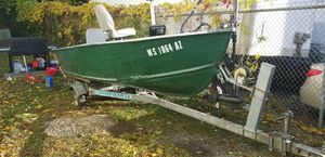 14ft aluminum boat with trailer for Sale in Worcester, MA