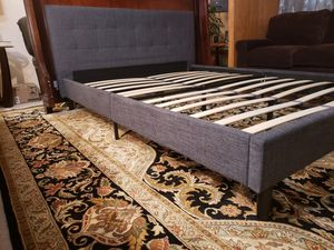 New Queen Bed Frame for Sale in Lynnwood, WA