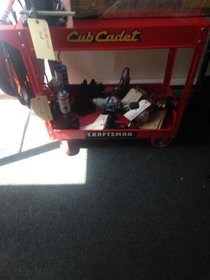 Tool cart with tools and vice for Sale in Galion, OH