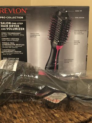 Hair dryer and volumizer for Sale in Carnegie, PA