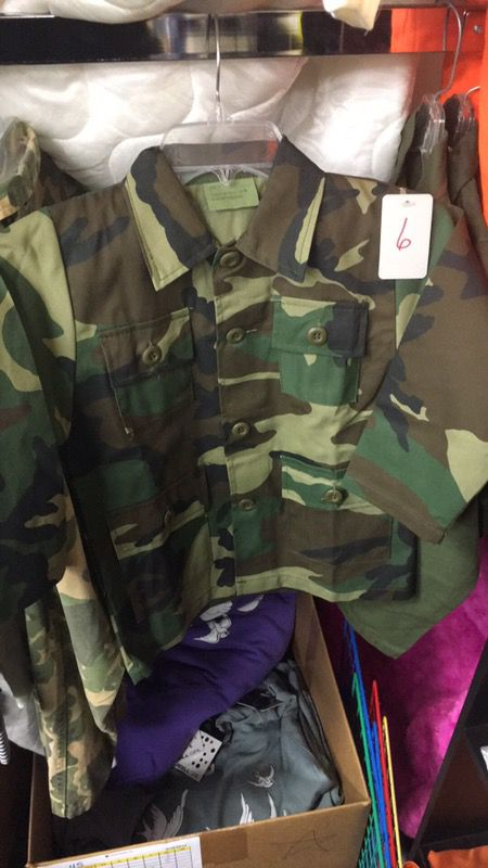 Boys size 6 army jacket