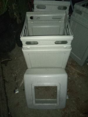 Commercial Zone Products 42 gallon trashcans for Sale in Santa Ana, CA