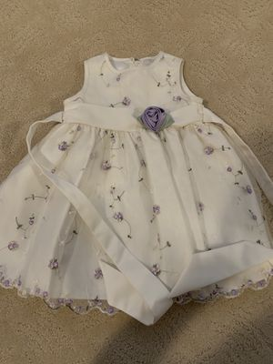 Flower girl purple white dress - 18 mo for Sale in Las Vegas, NV