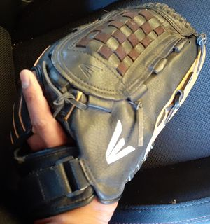 "14"" easton adult Glove for Sale in San Diego, CA"