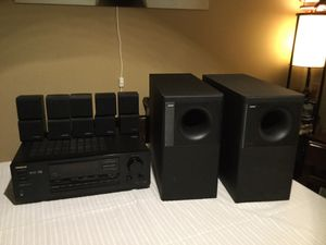 BOSE home theater System with a ONKYO receiver for Sale in Chicago, IL