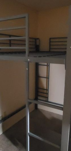 Full Sized Bunk Beds (Disassembled) for Sale in Chula Vista,  CA