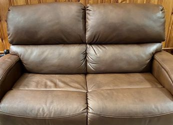 Southern Motion Reclining Loveseat and Reclining Chair for Sale in Cleveland,  OH
