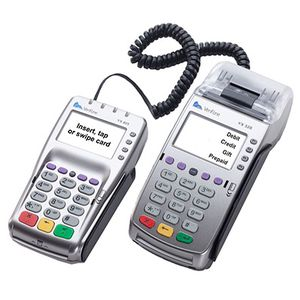 Used vx520 credit card machine .... for Sale in New York, NY