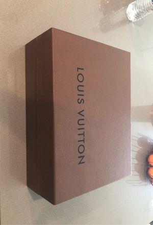 Men's or women's Louis Vuitton for Sale in Ontario, CA