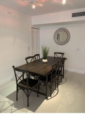 Farmhouse style dining table with chairs. Almost new! for Sale in Miami, FL