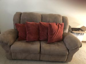 Rust color pillows for Sale in Massillon, OH