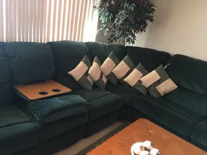 15 feet Sectional couch for Sale in Glendale, AZ