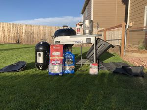 Weber BBQ Grill & Smoker for Sale in Colorado Springs, CO