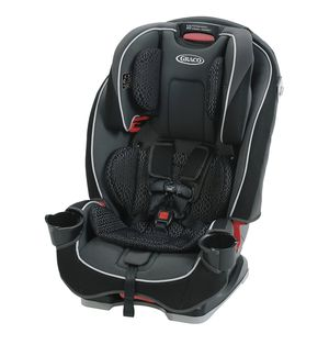 ❤️Graco Slim Fit Convertible Car Seat - Camelot❤️ for Sale in West Palm Beach, FL