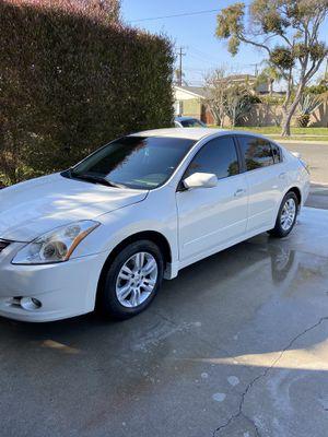 Super Clean 2012 Nissan Altima S for Sale in Garden Grove, CA