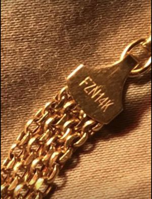"""18"""" 14k bismark woman's necklace for Sale in Middletown, CT"""