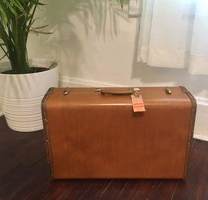 Vintage Samsonite Shwayder Bros. Tan Suitcase Hardshell for Sale in St. Louis, MO