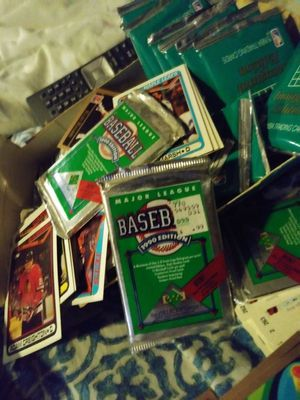 Sports cards for Sale in Grosse Pointe, MI