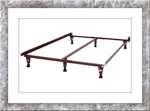 New king bed frame with middle support for Sale in NEW CARROLLTN, MD
