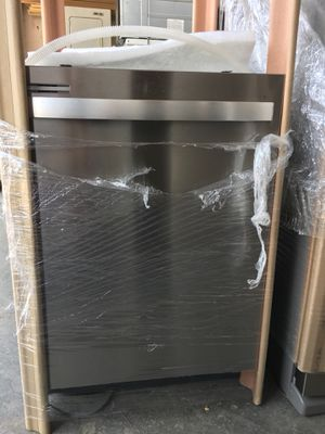 Whirlpool stainless steel dishwasher for Sale in Stockton, CA
