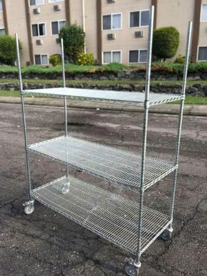 Commercial Industrial Heavy Duty Metal, Locking Wire Shelving/Cart for Sale in Auburn, WA
