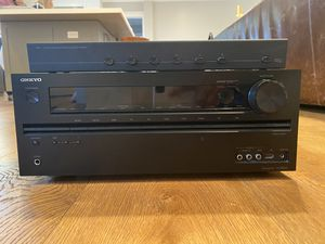 Onkyo TX-NR626 AV Receiver (Very Lightly Used) for Sale in Rolling Hills, CA