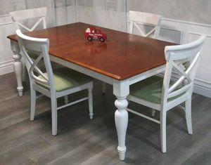 Dining table for Sale in Santa Fe Springs, CA