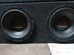 10 in subs with box and amp for Sale in Raytown, MO