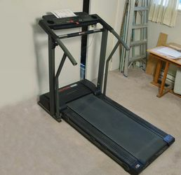 Pro Form 595 Treadmill for Sale in Tigard,  OR