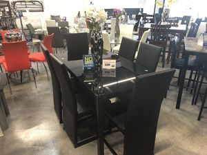 7 Piece Como Dining Table Set for Sale in Hialeah, FL