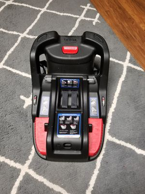 Carseat base for Sale in Goldsboro, NC