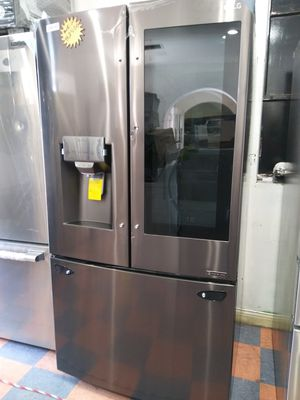 New Samsung Black Stainless Refrigerator for Sale in Chino Hills, CA