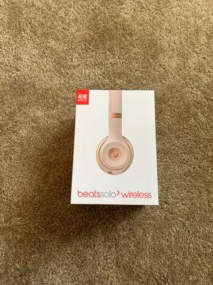 Beats solo 3 wireless headphones for Sale in Jacksonville, FL